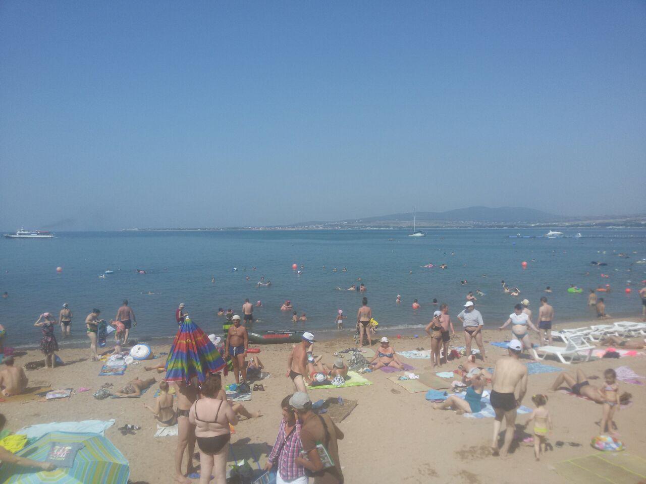Центральный пляж Геленджика. Отели рядом, фото, видео, как 62